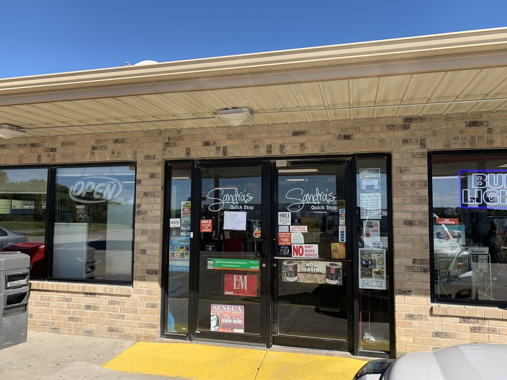 Sandra's Quick Stop: 24963 US-169, Garnett, KS