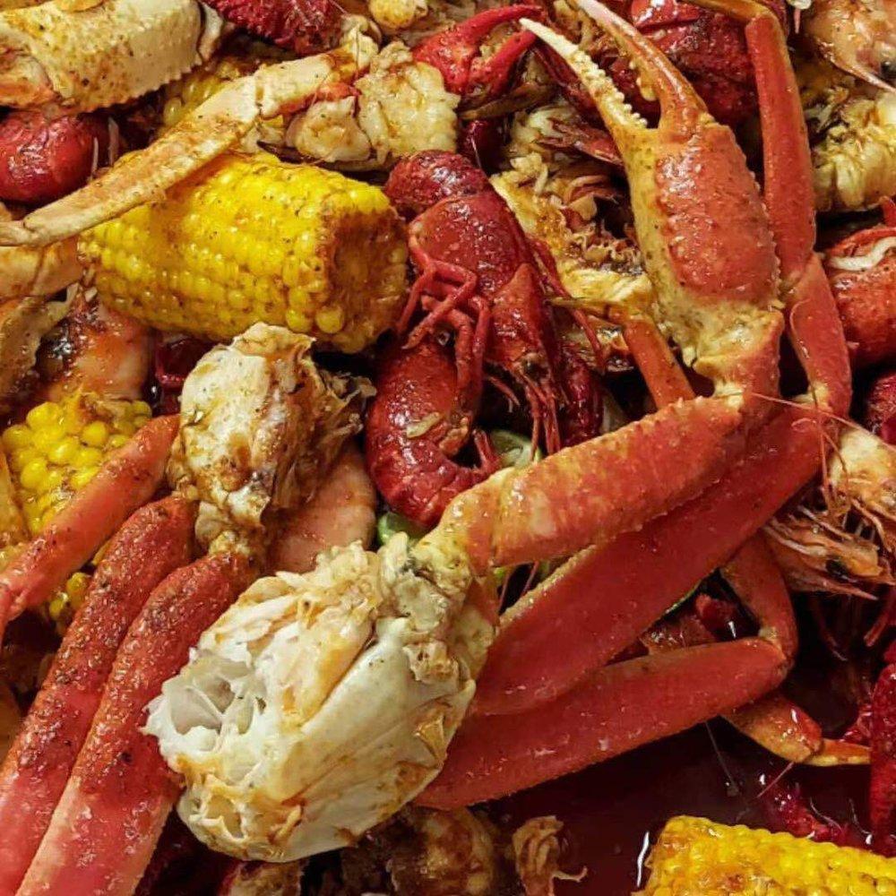Hungry Crab Juicy Seafood & Bar: 13101 Seminole Blvd, Largo, FL