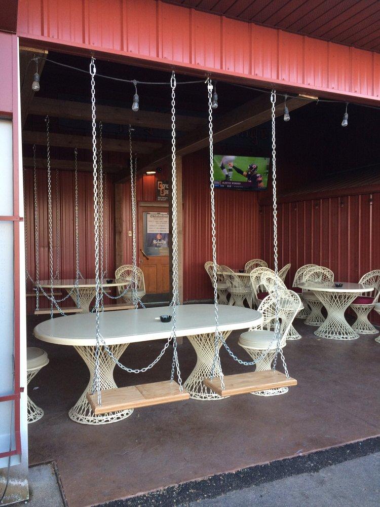 Lamplighter Family Sports Bar & Grill: 214 N Minnesota St, New Ulm, MN