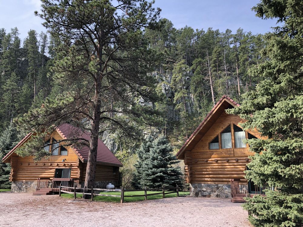 Audrie's Bed and Breakfast: 23029 Thunderhead Falls Rd, Rapid City, SD