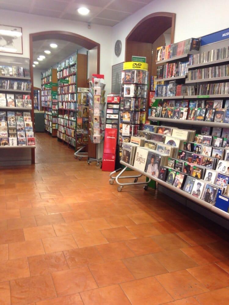 Libraccio librerie dell 39 usato piazza indipendenza 4 for Librerie usato milano