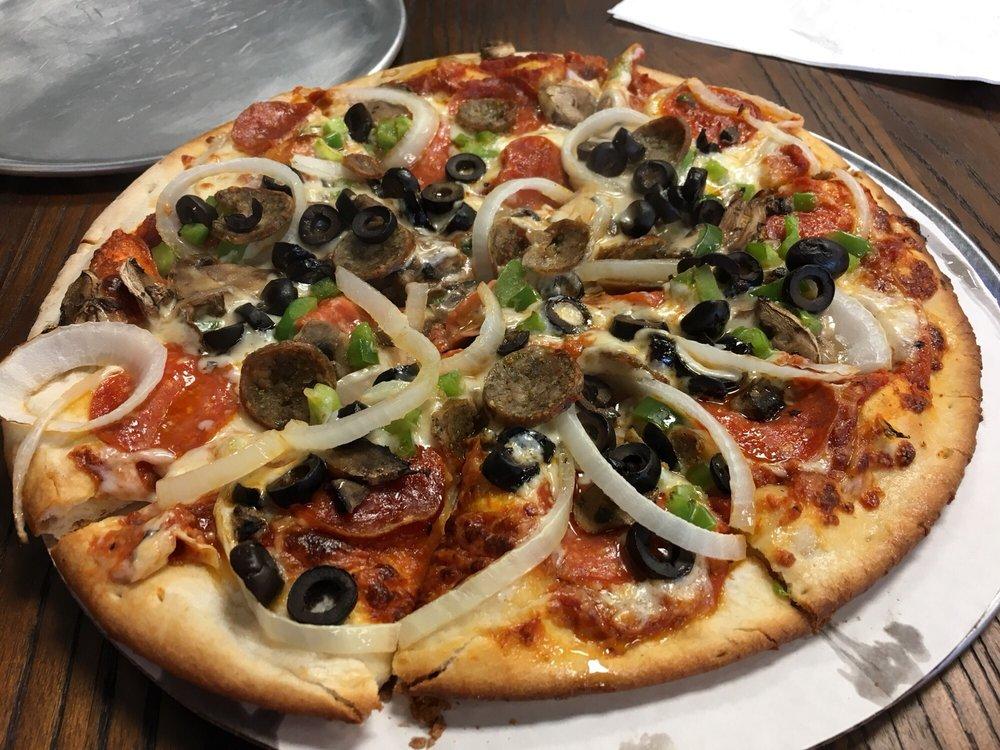 Luco's Pizza: 2925 W Republic Rd, Springfield, MO