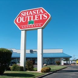 OutletBound Club members receive exclusive outlet discounts, coupons and sale alerts. We work with outlet malls, retailers, hotels and restaurants across the country to bring you the latest offers and deliver them right to your inbox.