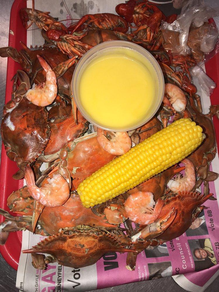 Crab palace 28 photos 19 reviews seafood 186 208 for Fish market newark nj