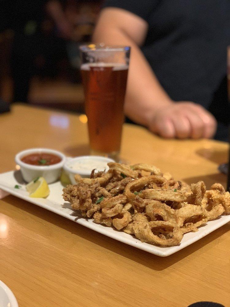 BJ's Restaurant & Brewhouse: 1716 Montebello Town Ctr, Montebello, CA