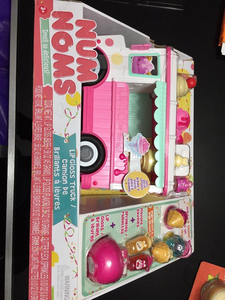 Toys R Us 14 Reviews Toy Stores 3940 Gateway Bouelvard