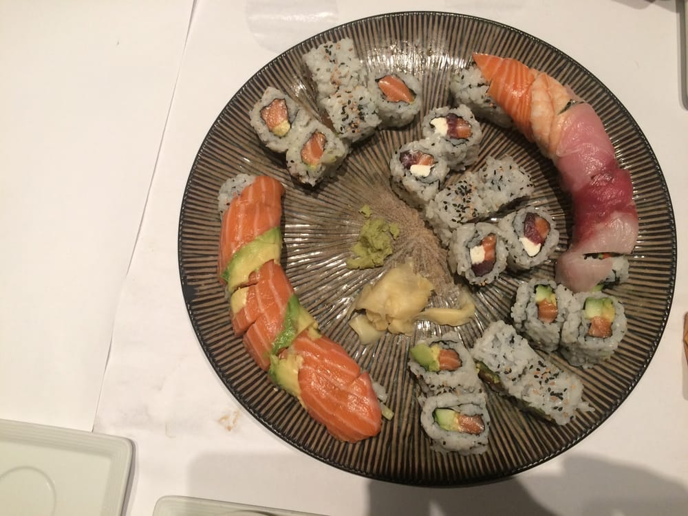 Restaurant Tora: 1330 N Hamilton Rd, Columbus, OH