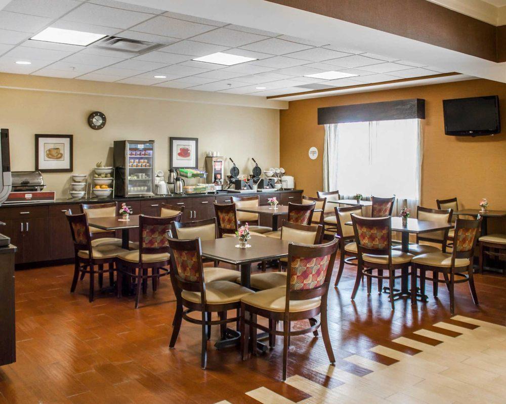 Comfort Suites: 4775 West Branch Hwy, Lewisburg, PA