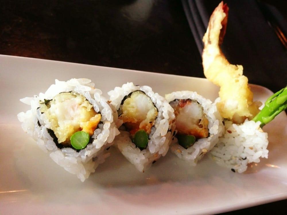 Full Moon Sushi And Kitchen Bar