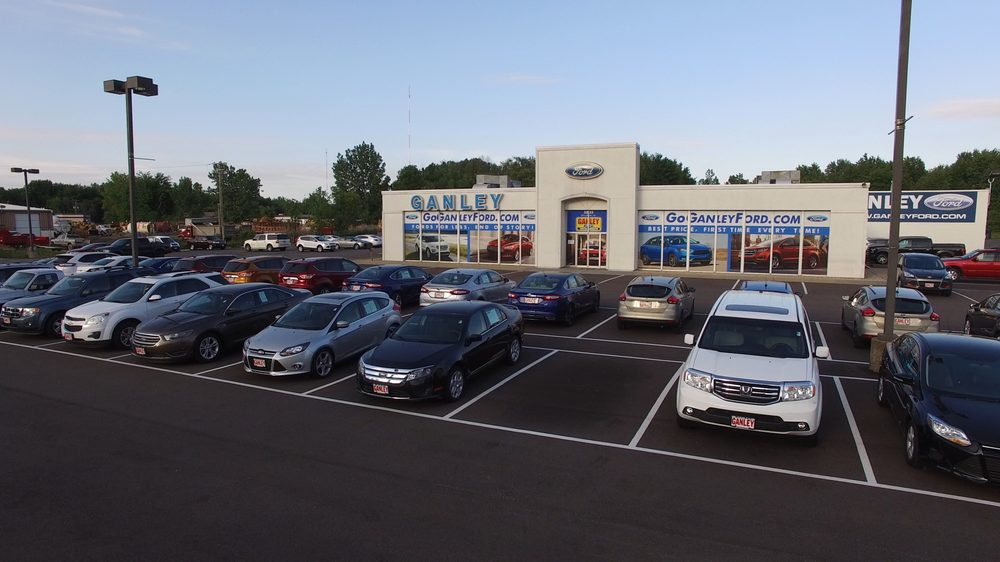 Ganley Ford: 2835 Barber Rd, Norton, OH