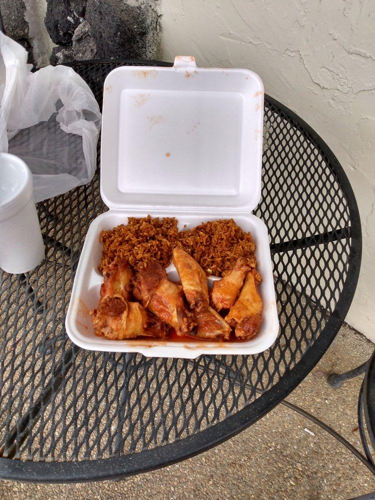 China Cafe: 801 1st Ave SE, Moultrie, GA