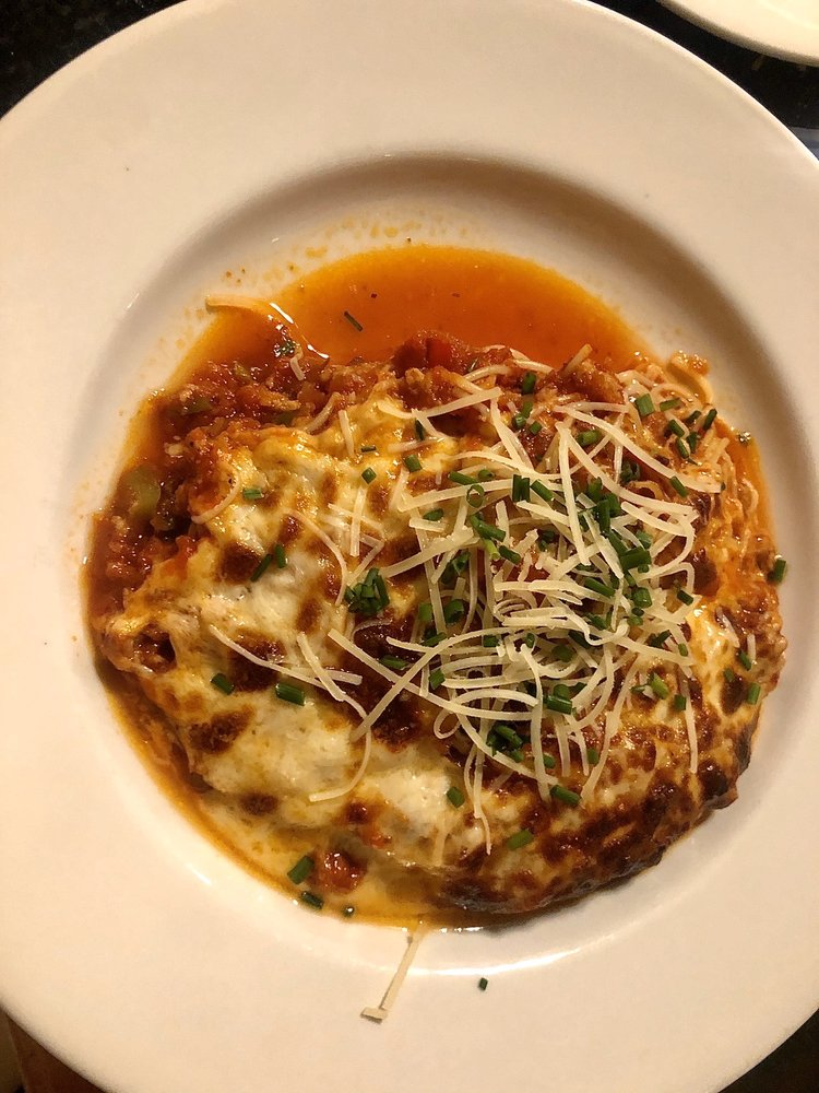 DeLucca's Italian Grill: 1720 Sunset Blvd, West Columbia, SC