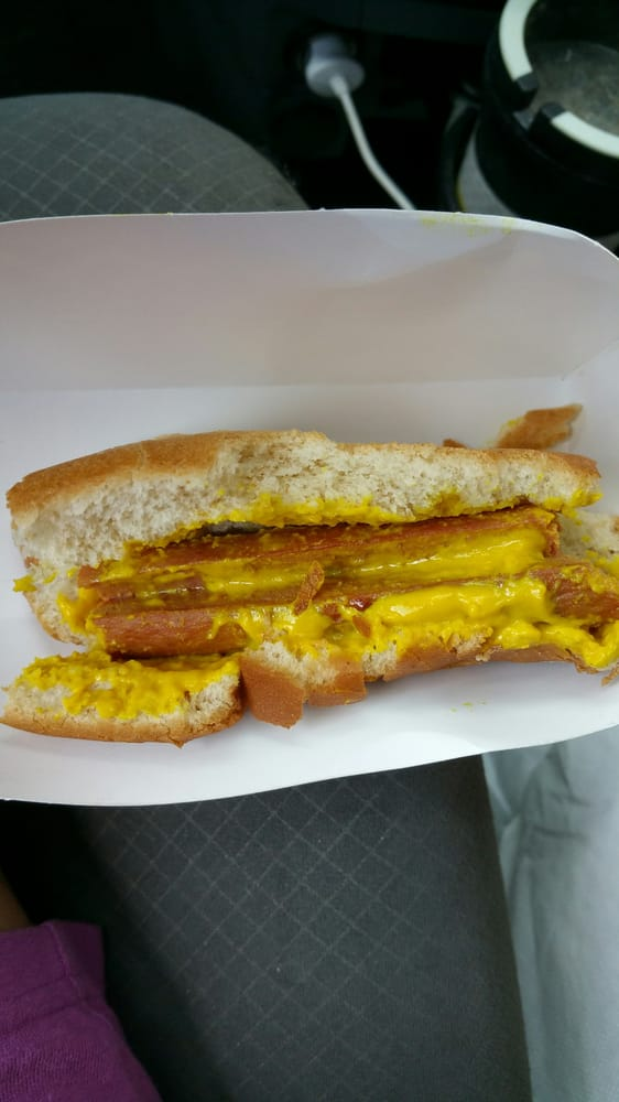Burger King: 404 W 4th St, Yankton, SD
