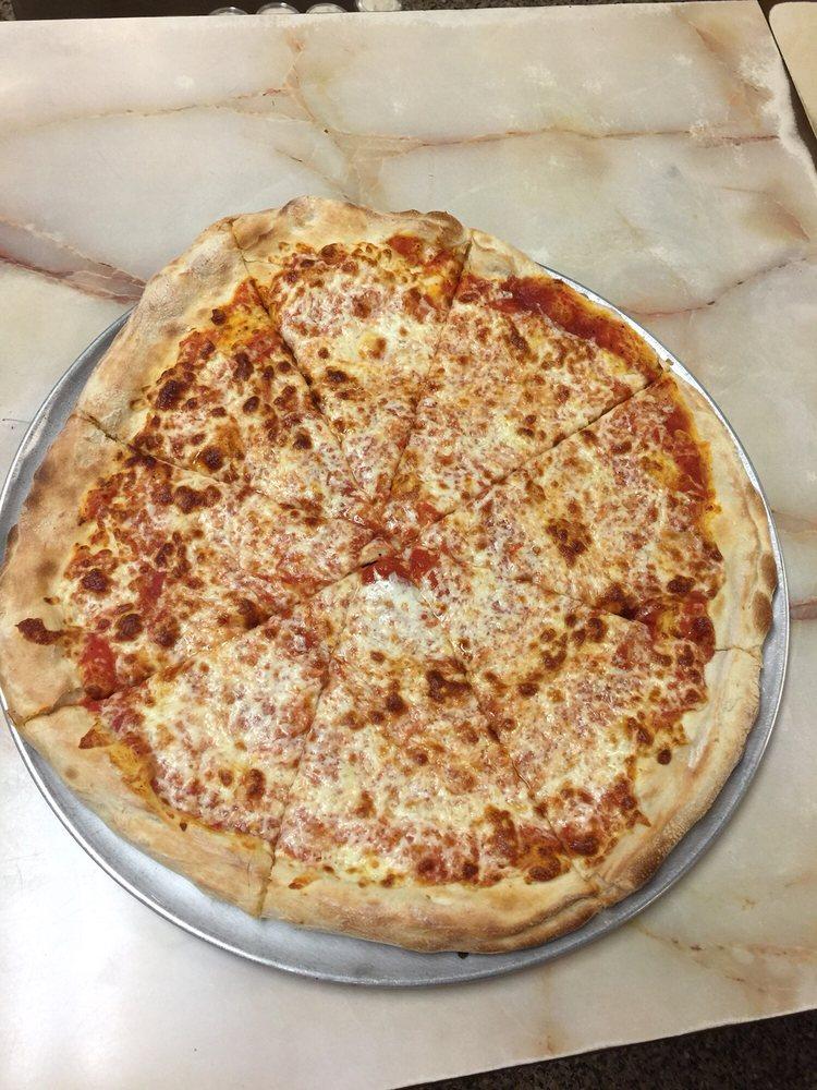 New York Pizzeria: 39 Lebanon St, Hamilton, NY