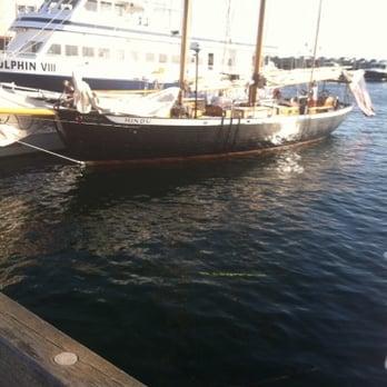 Schooner Hindu - 42 Photos & 10 Reviews - Boat Charters