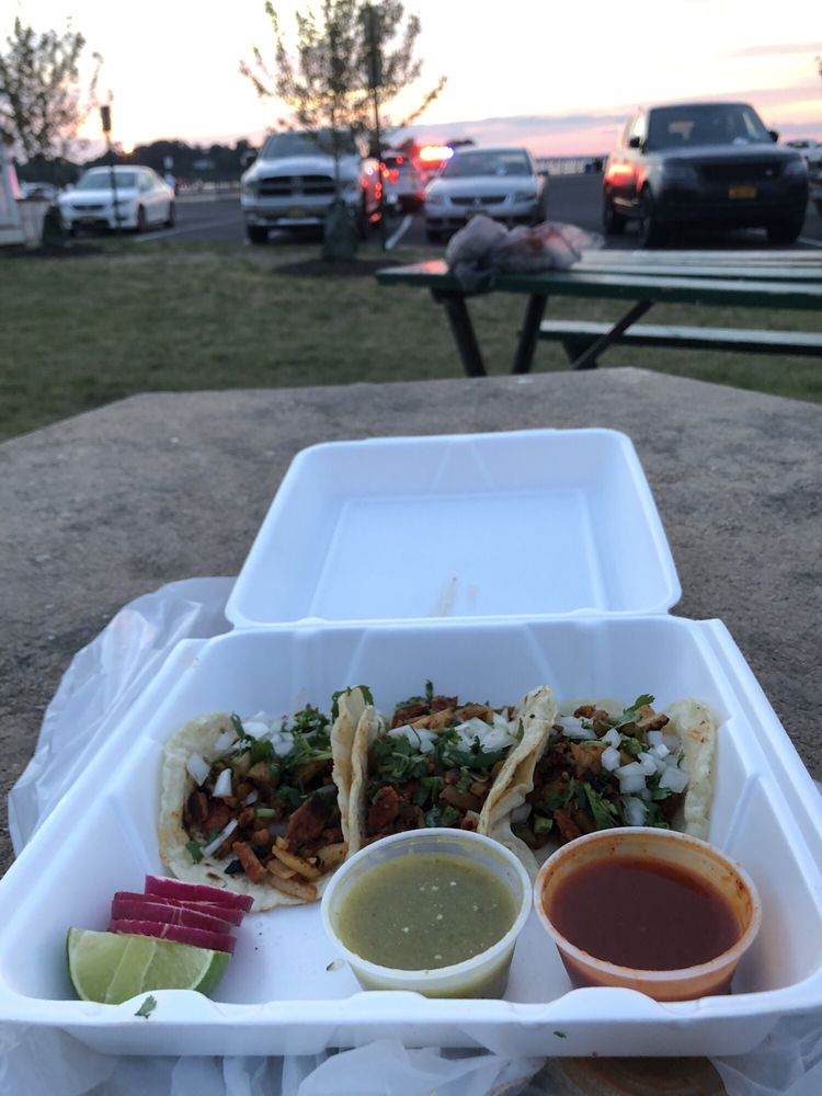 El Ranchero Taqueria & Pizzeria: 150 First St, Keyport, NJ