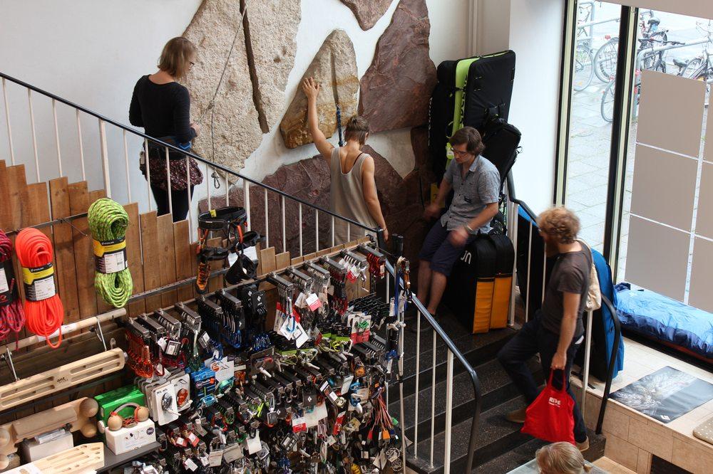 Camp4 Klettergurt : Camp fotos y reseñas ropa deportiva karl marx allee