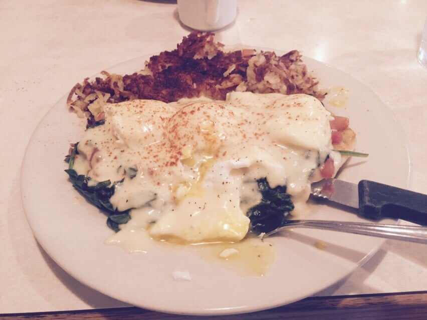 Lux Cafe: 2587 Capital Ave SW, Battle Creek, MI