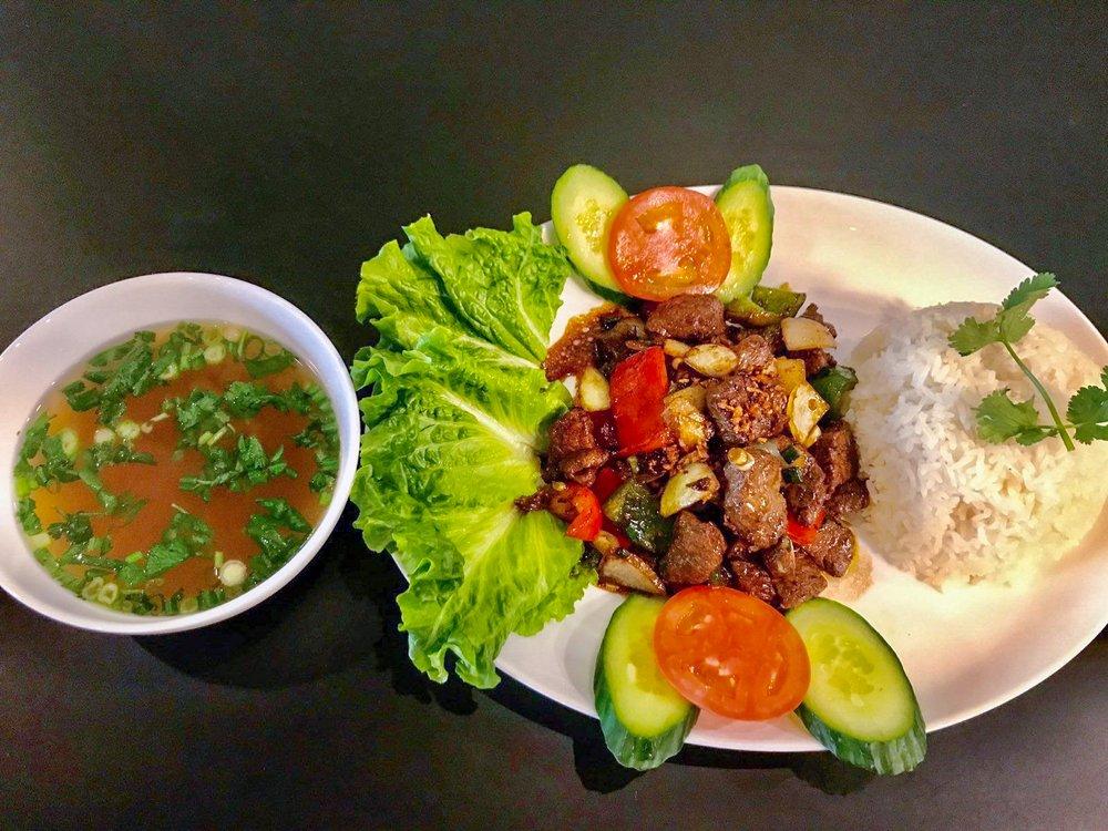 Phoenix Vietnamese Cuisine: 49 Pershing Dr, Derby, CT