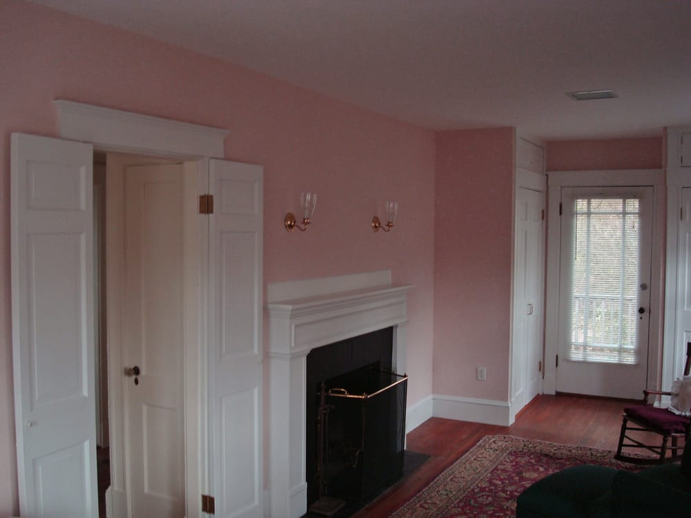Sitting room with ben moore regal flat ceiling paint for Matte finish paint for walls