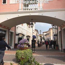 Veneto Designer Outlet - 10 Photos - Outlet Stores - Via Marco ...
