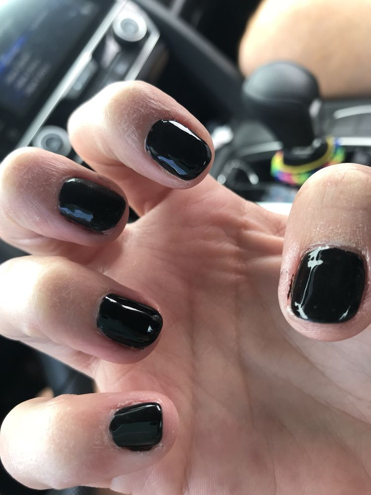 Happy Nails: 702 17th St NW, Cleveland, TN