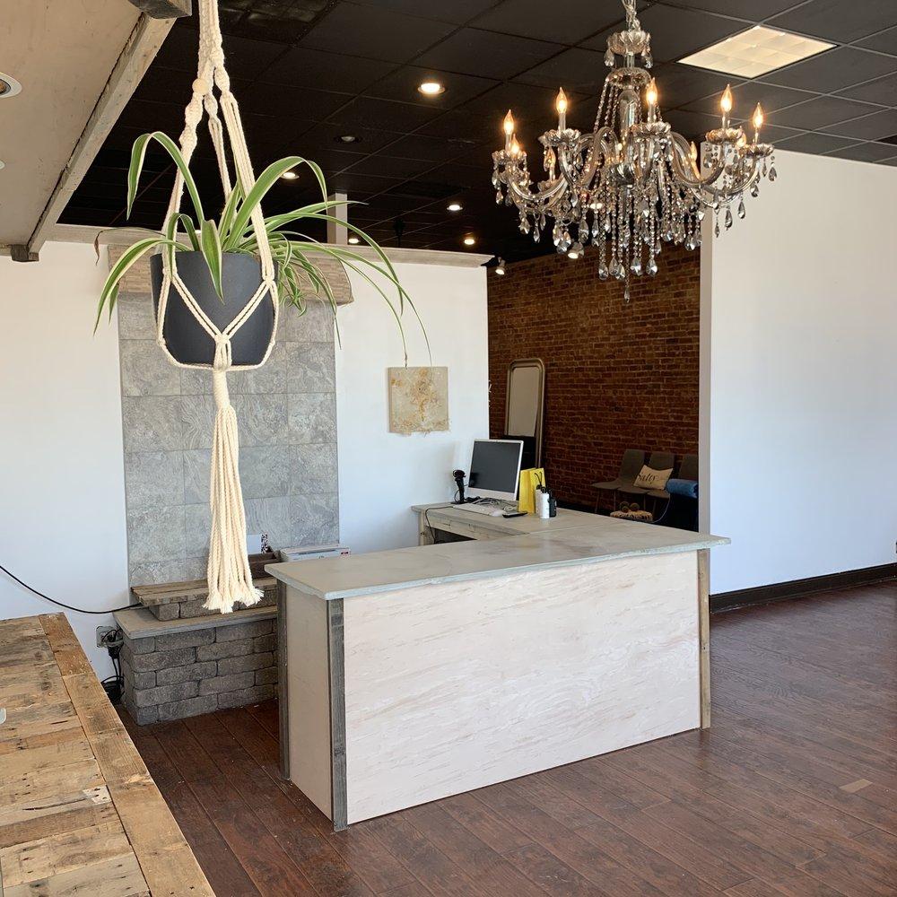 Brio Beauty Bar: 67 W First St, Manteno, IL