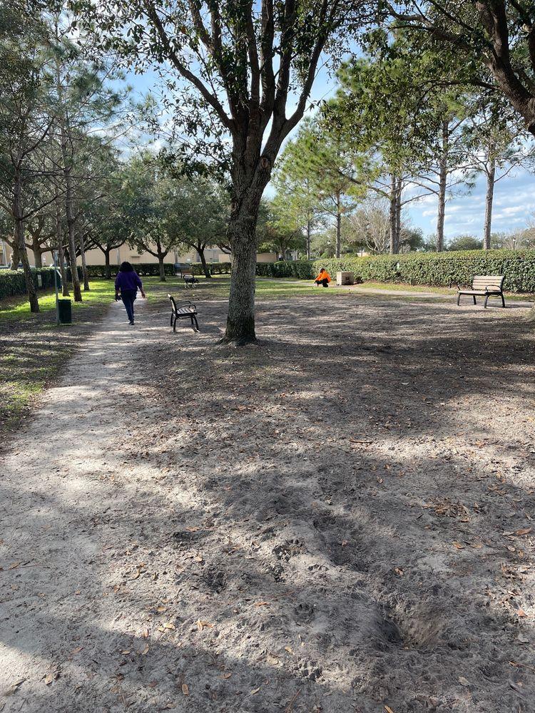 Avalon Park Dog Park: 13029 Auburn Cove Ln, Orlando, FL