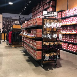 Vans Outlet - 17 Photos   37 Reviews - Shoe Stores - 447 Great Mall ... e718a8ddb