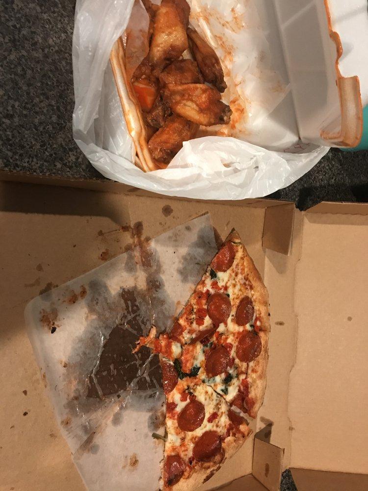 Josie's Pizza & Wings: 5855 Winter Garden Vineland Rd, Windermere, FL