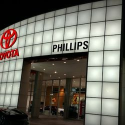 Photo Of Phillips Toyota Dealers Orlando Dealership Leesburg Fl