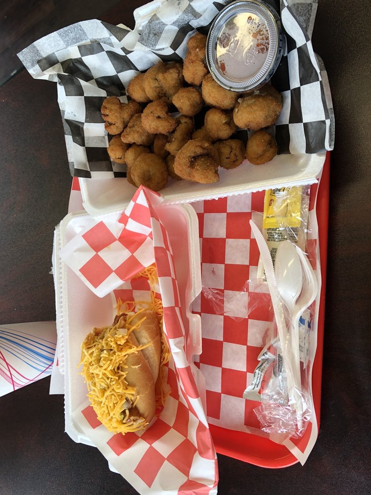 Dynamite Dawgs: 6312 Center St, Mentor, OH
