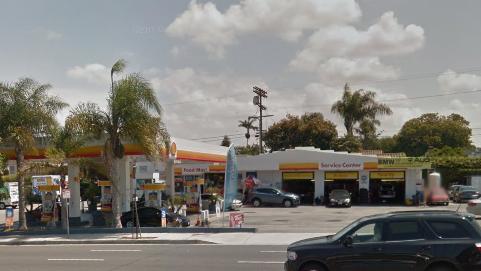 U-Haul Neighborhood Dealer: 8126 Lincoln Bl, Los Angeles, CA