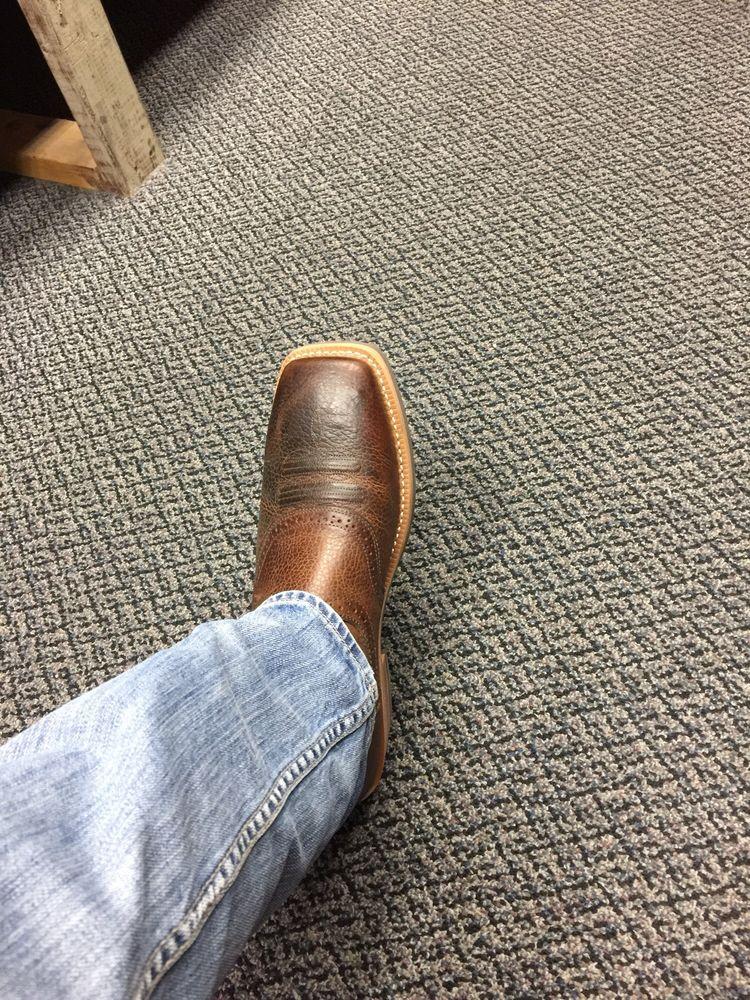Pour piss boot lbj johnson