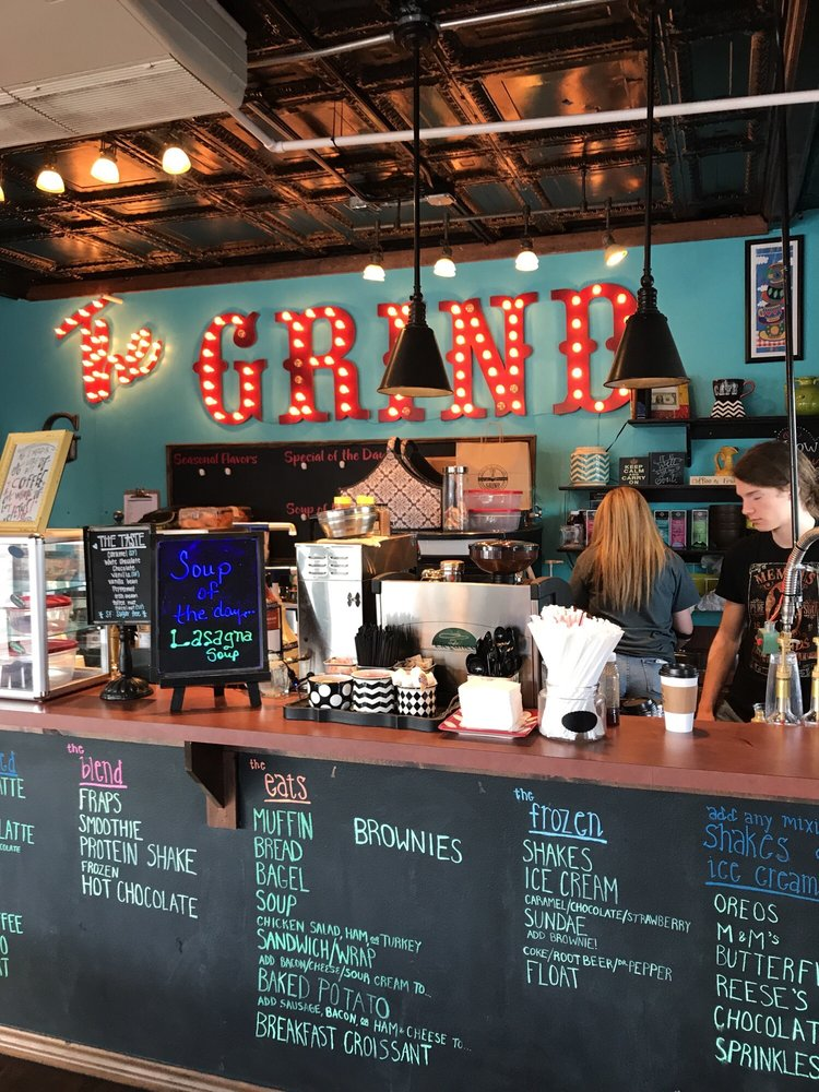 The Grind: 301 E Criner St, Grandview, TX