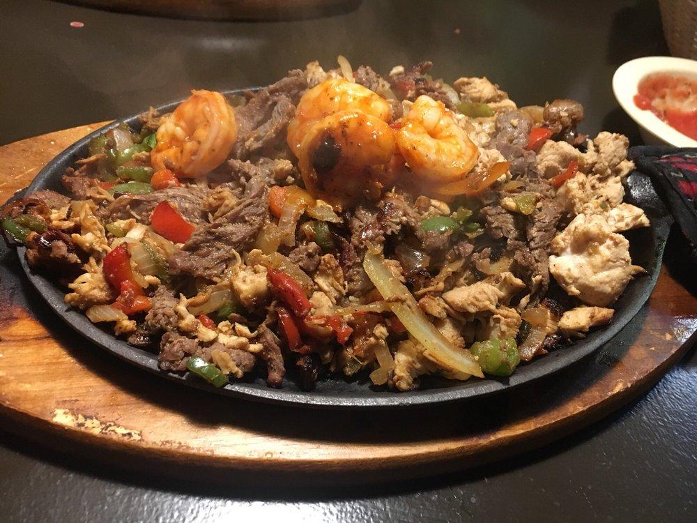 Salsa's Mexican Restaurant: 108 Mall Rd, Dublin, GA