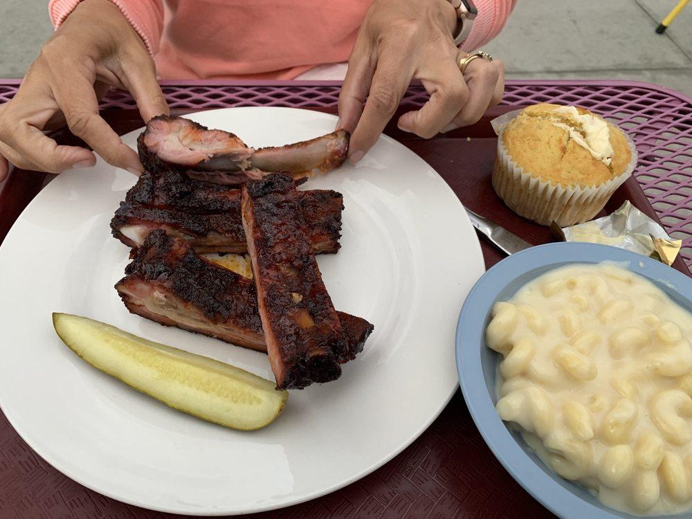Doug's Steak and BBQ: 496 N Main St, Monticello, UT