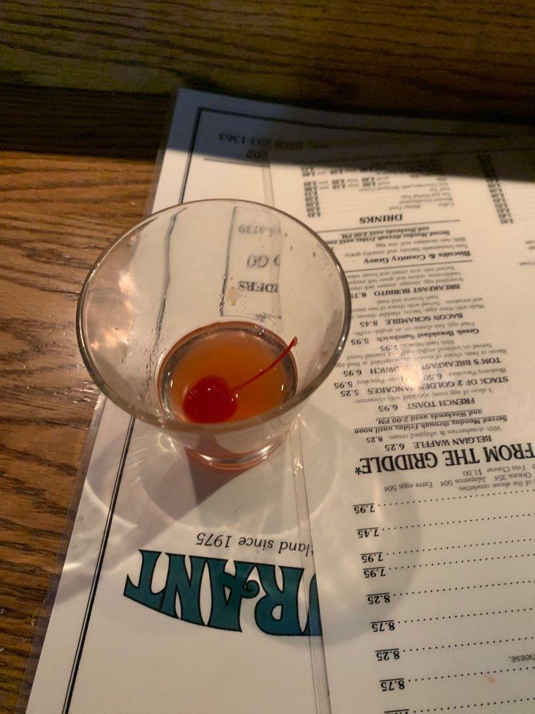Tom's Bar: 3871 SE Division St, Portland, OR