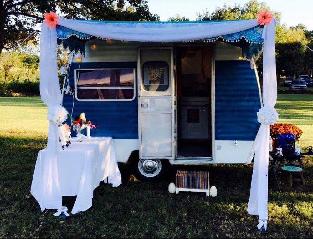Gypsy Snap Wagon: 711 W Date St, Okemah, OK