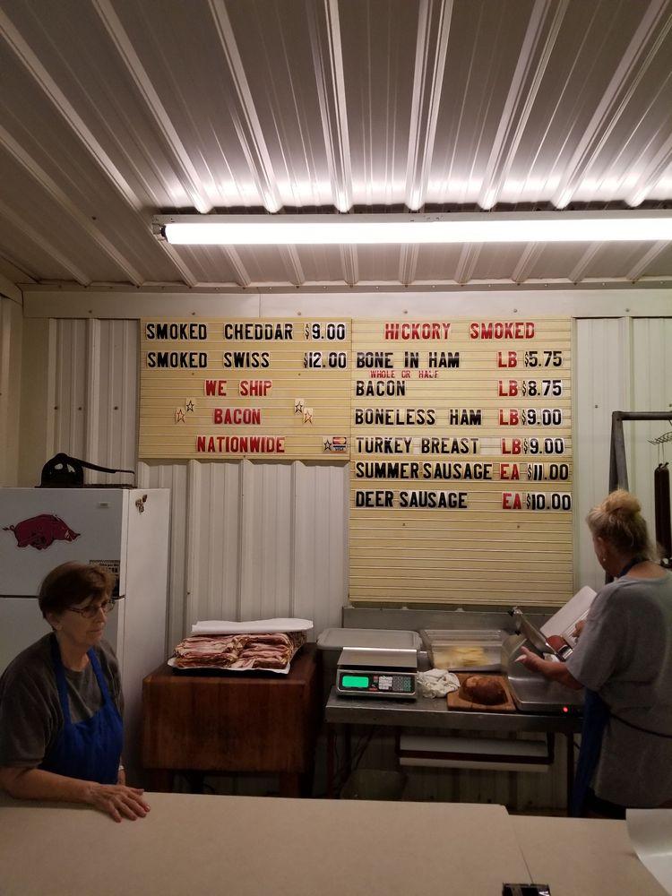 Coursey's Smoked Meats: 152 Courseys, Saint Joe, AR
