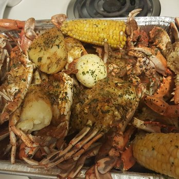 Tampa Blue Crab and Seafood Market - 25 Photos & 18 Reviews