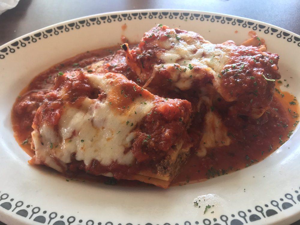 Tony's Italian Kitchen: 615 S Main St, Englewood, OH