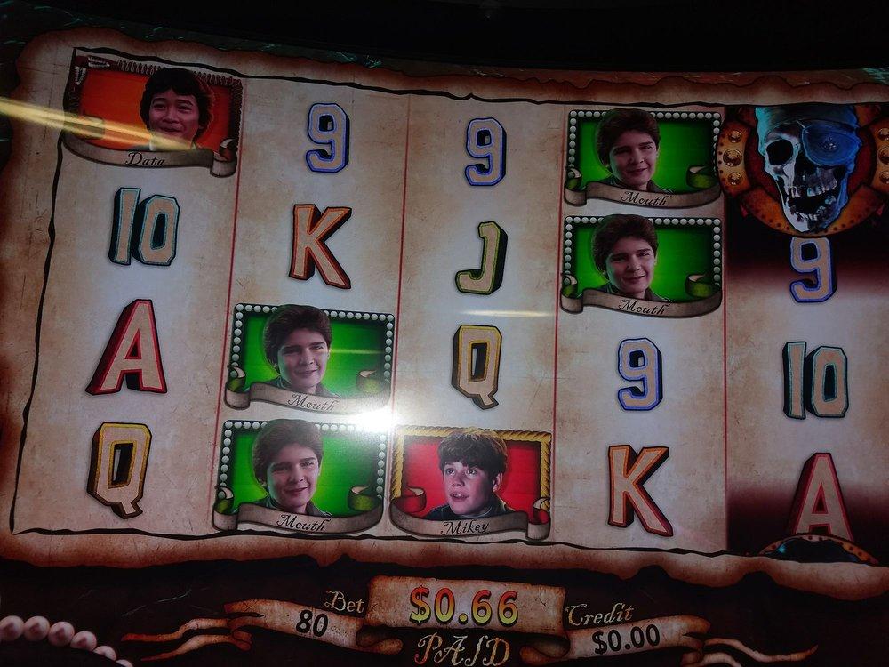 Saganing Eagles Landing Casino: 2690 Worth Rd, Standish, MI
