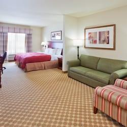 2 Comfort Inn Suites