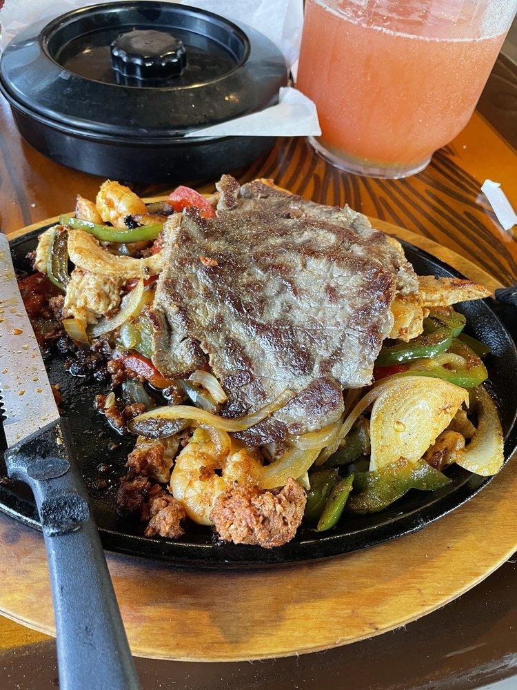 Food from El Potro