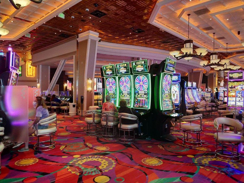 Rainbow Casino: 1045 Wendover Blvd, West Wendover, NV