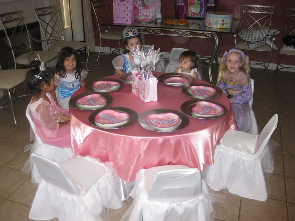 princess theme birthday party table set up decoration ideas ...