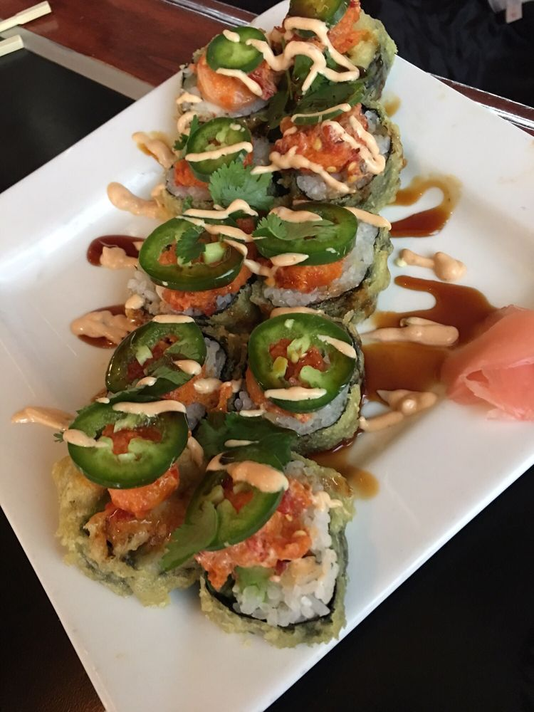 The Sushi Place & Lounge: 5905 N Mesa St, El Paso, TX