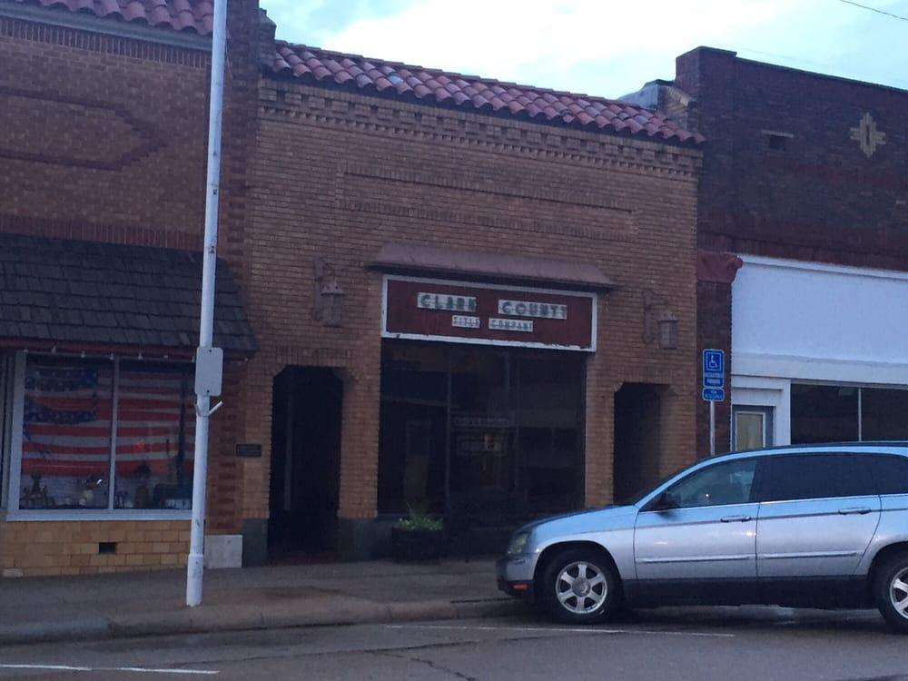 Shattuck Sarah Bootes Attorney: 717 Main St, Ashland, KS