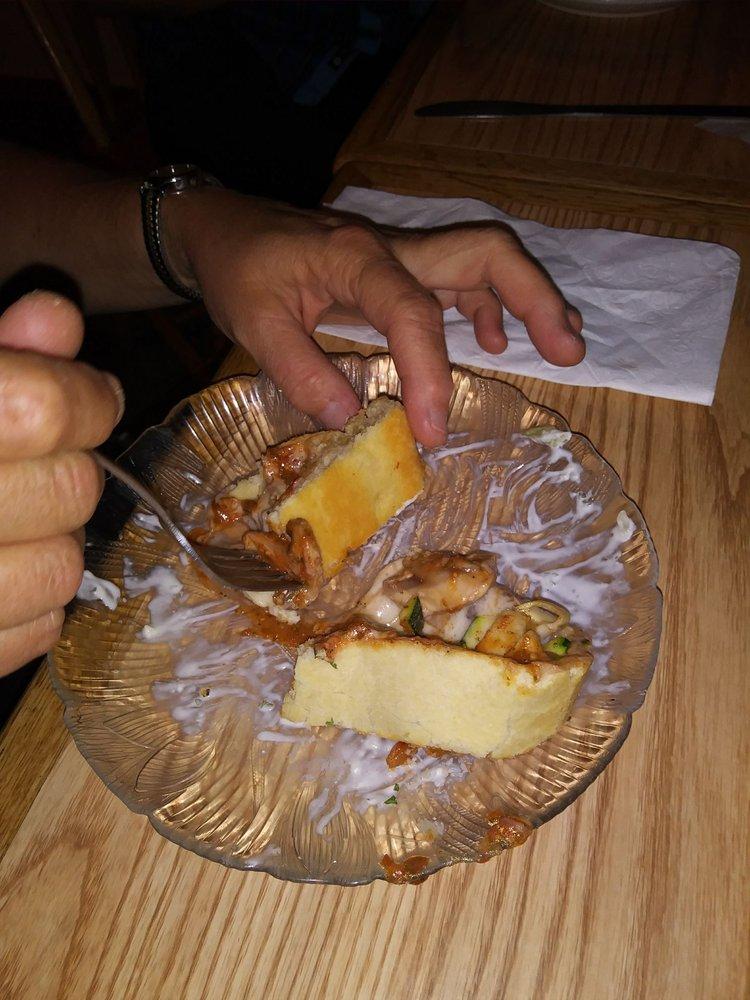 Boondocks Restaurant: 3587 Kilgore-Yale Rd, Island Park, ID
